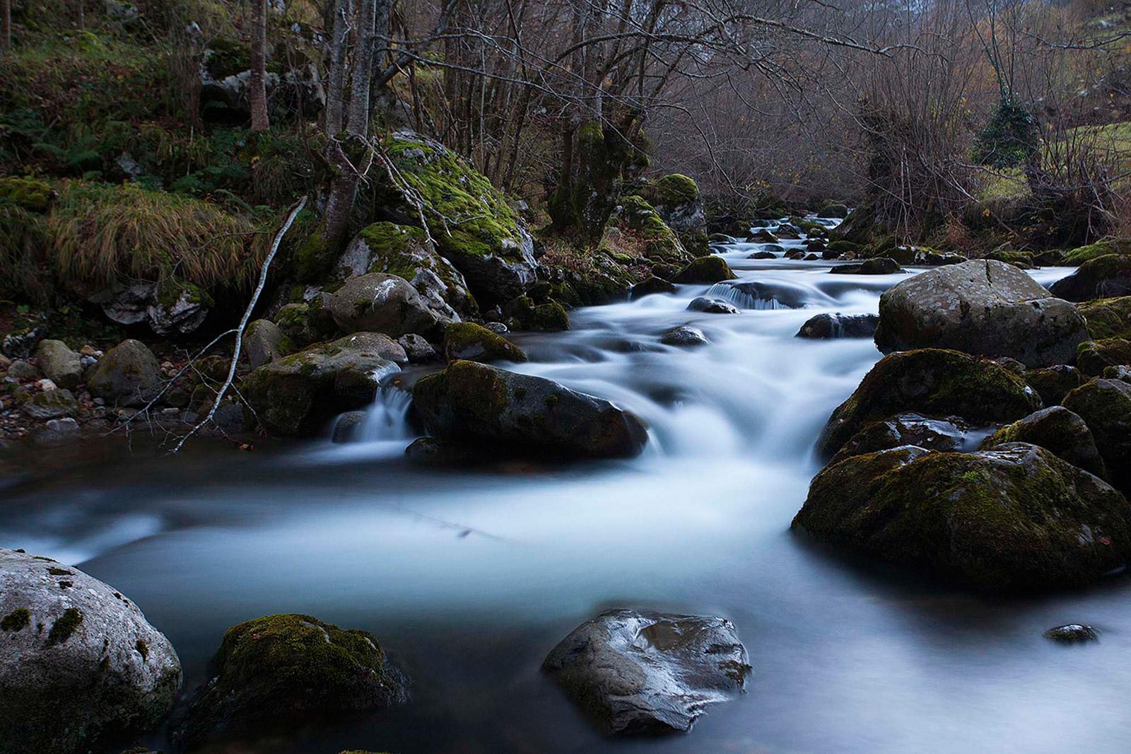 agua río